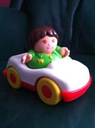 weebles car