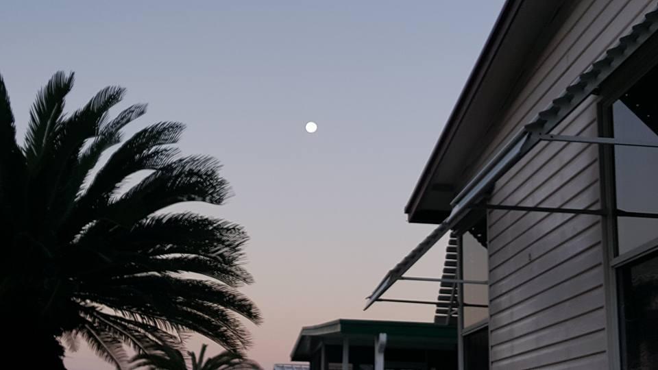 moon101716
