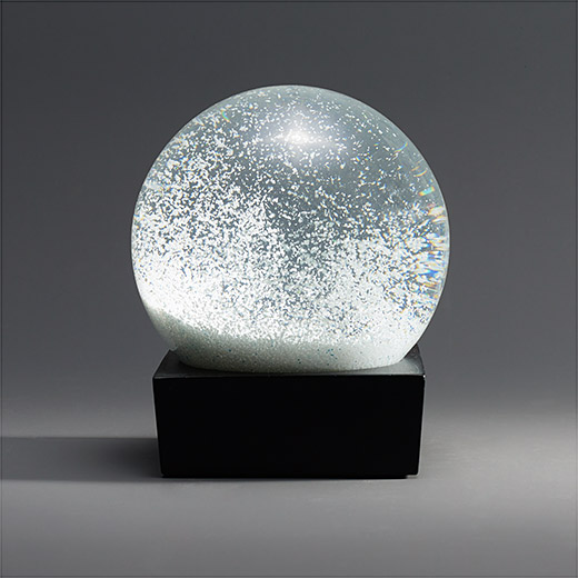 snowball_snow_globe