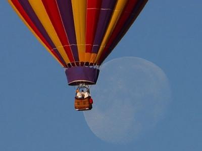 hotairballoon_moon