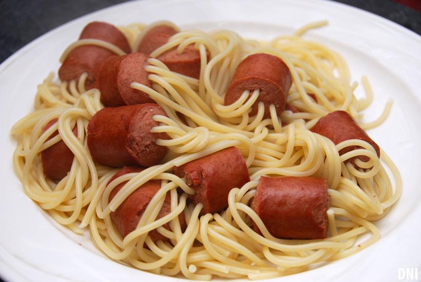 spaghetti-hot-dog-dni-after.jpg