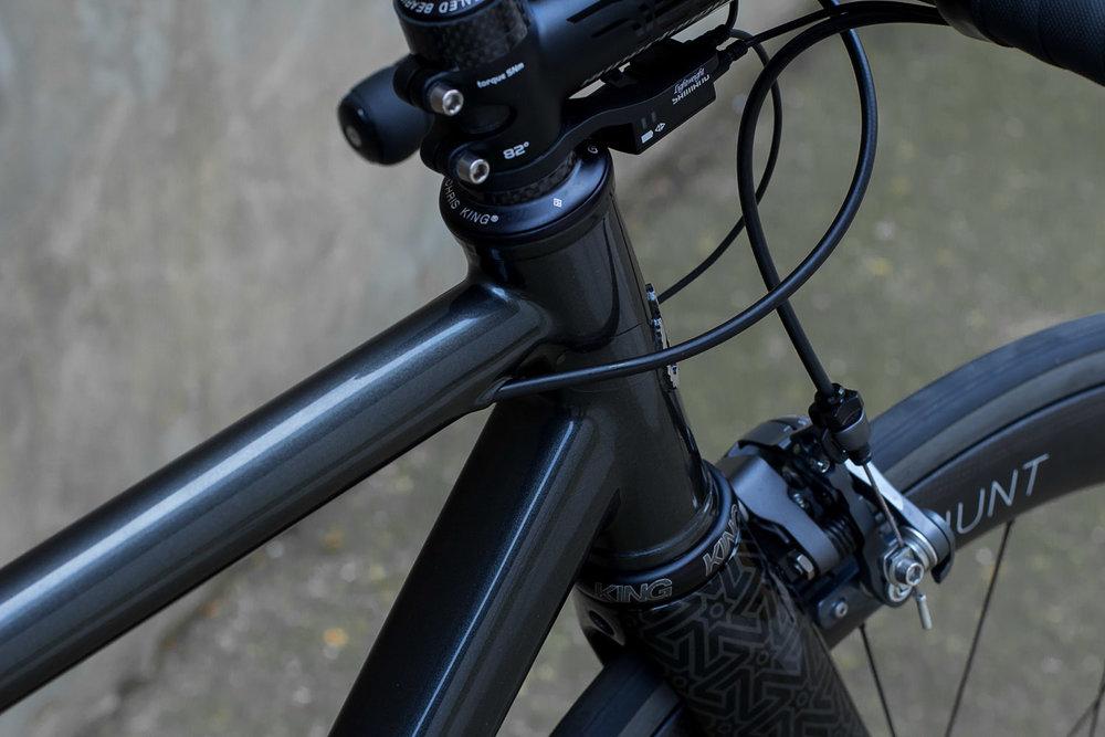 quirk_cycles_wisebuds_stealth_road__07.jpg