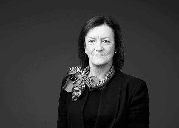 Gillian Anderson-woman-barrister-francis-burt-chambers-perth