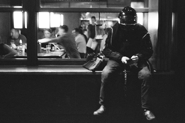 Waiting. #soho #filmisnotdead #b&w #f100 #fomapan400