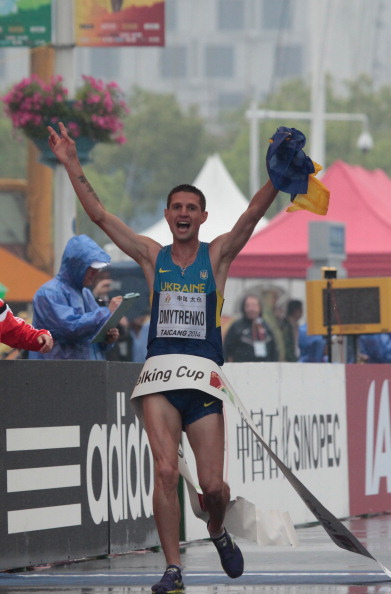 Ukraine's Ruslan Dmytrenko winning the 20km event at the IAAF World Race Walking Cup in Taicang, China // photo Getty Images