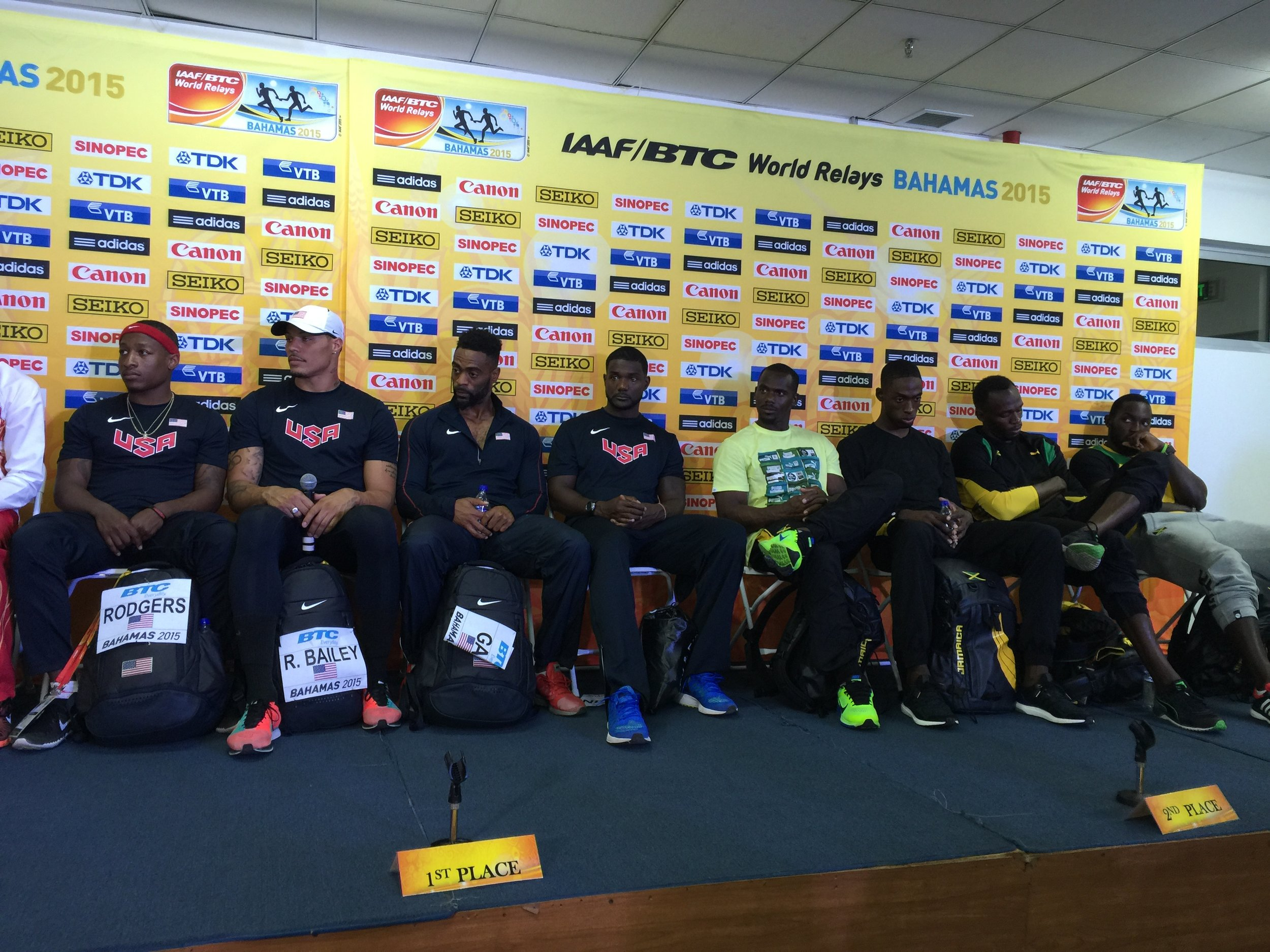 sports shoes f4acb f0c4a Bolt, second from right, at the closing news conference