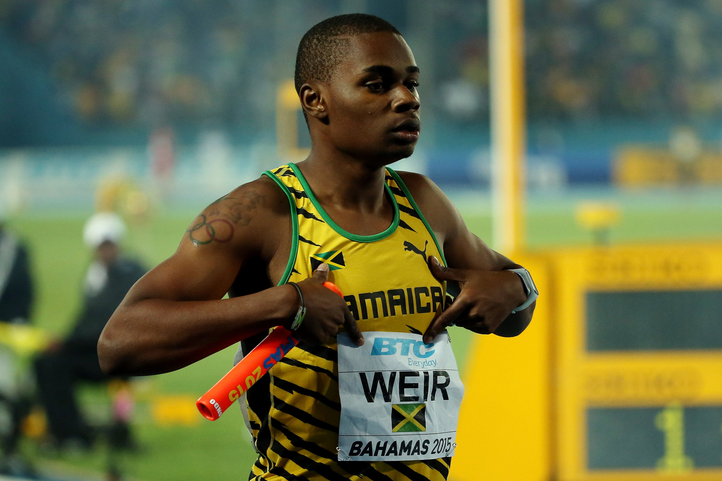 Warren Weir after the winning 4x2 // photo Getty Images and IAAF