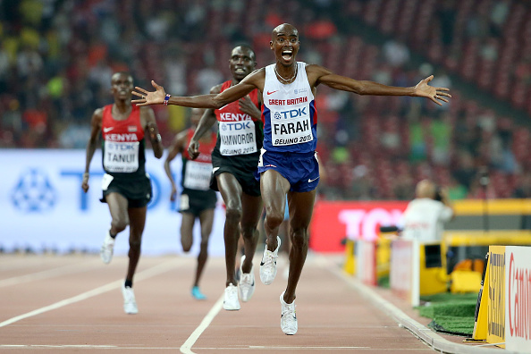 Britain's Mo Farah sprinting to victory in the men's 10k // Getty Images