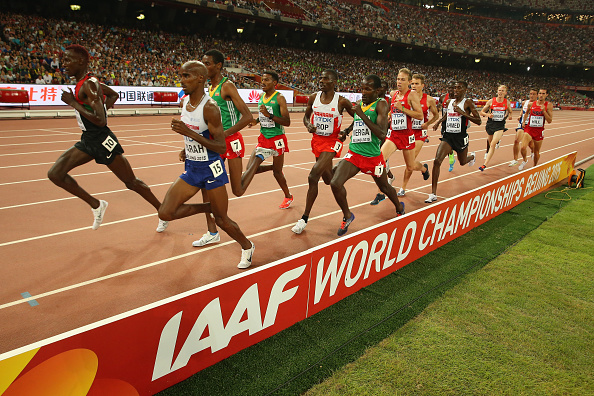 Britain's Mo Farah, second from left, racing to victory in the 5k // Getty Images