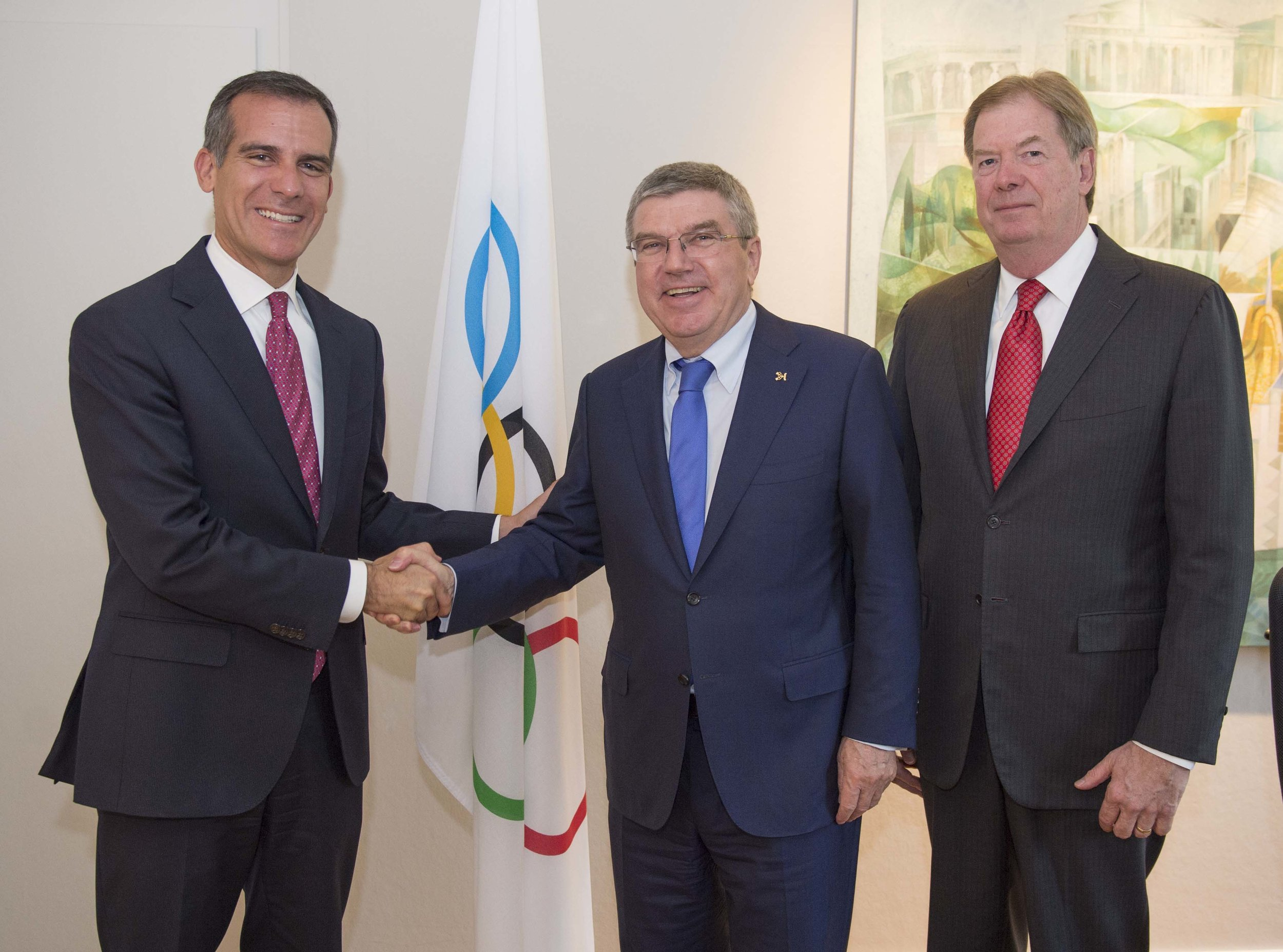 LA mayor Eric Garcetti, IOC president Thomas Bach, USOC board chair Larry Probst // photo LA24