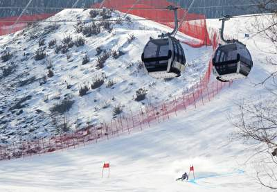 The gondola in operation over weekday test runs at Jeongseon // photo courtesy Doppelmayr