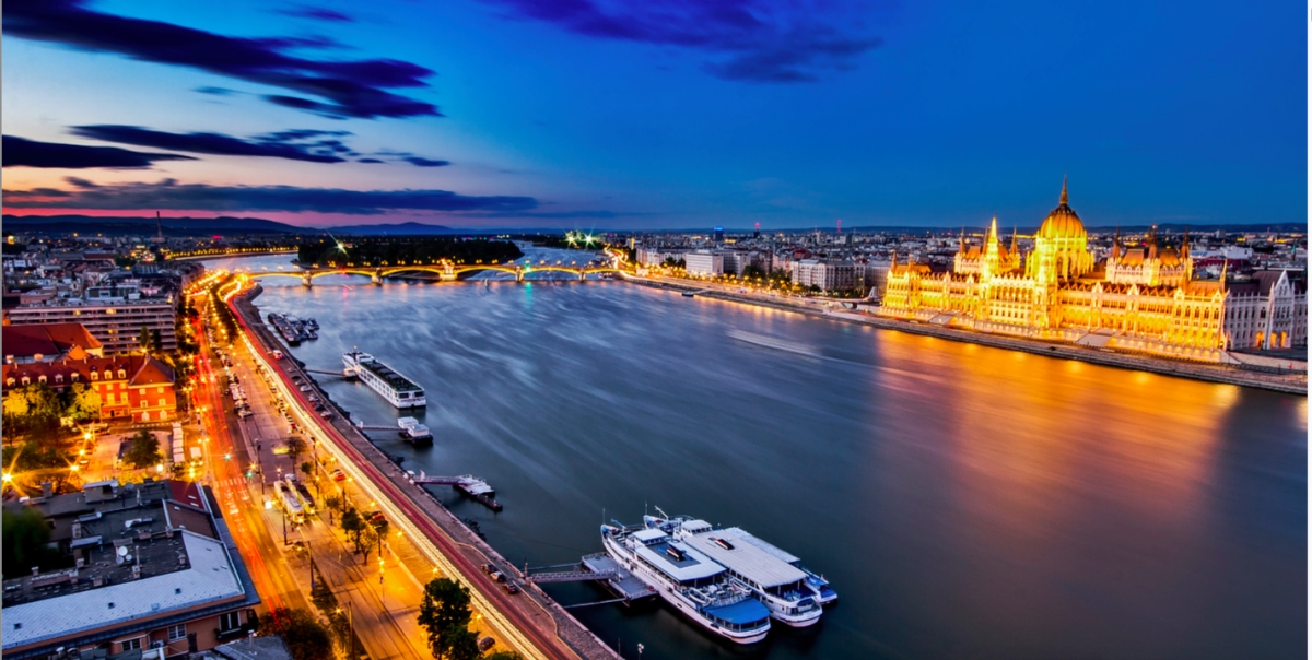 Beautiful Budapest and the Danube River // photo Budapest 2024