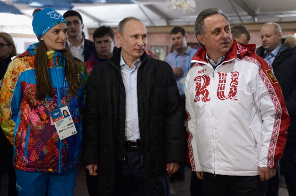 Pole vault star Yelena Isinbayeva, Russian president Vladimir Putin and Russian sport minister Vitaly Mutko on a Sochi 2014 tour // Getty Images