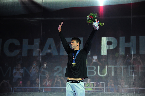 Phelps back on the victory stand // Getty Images
