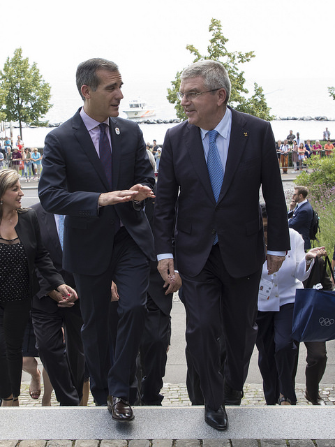 Bach on Monday at the Olympic Museum steps with Garcetti // IOC
