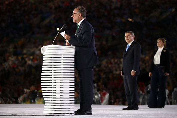 Nuzman at the 2016 closing ceremony, with the IOC president, Thomas Bach // Getty Imges