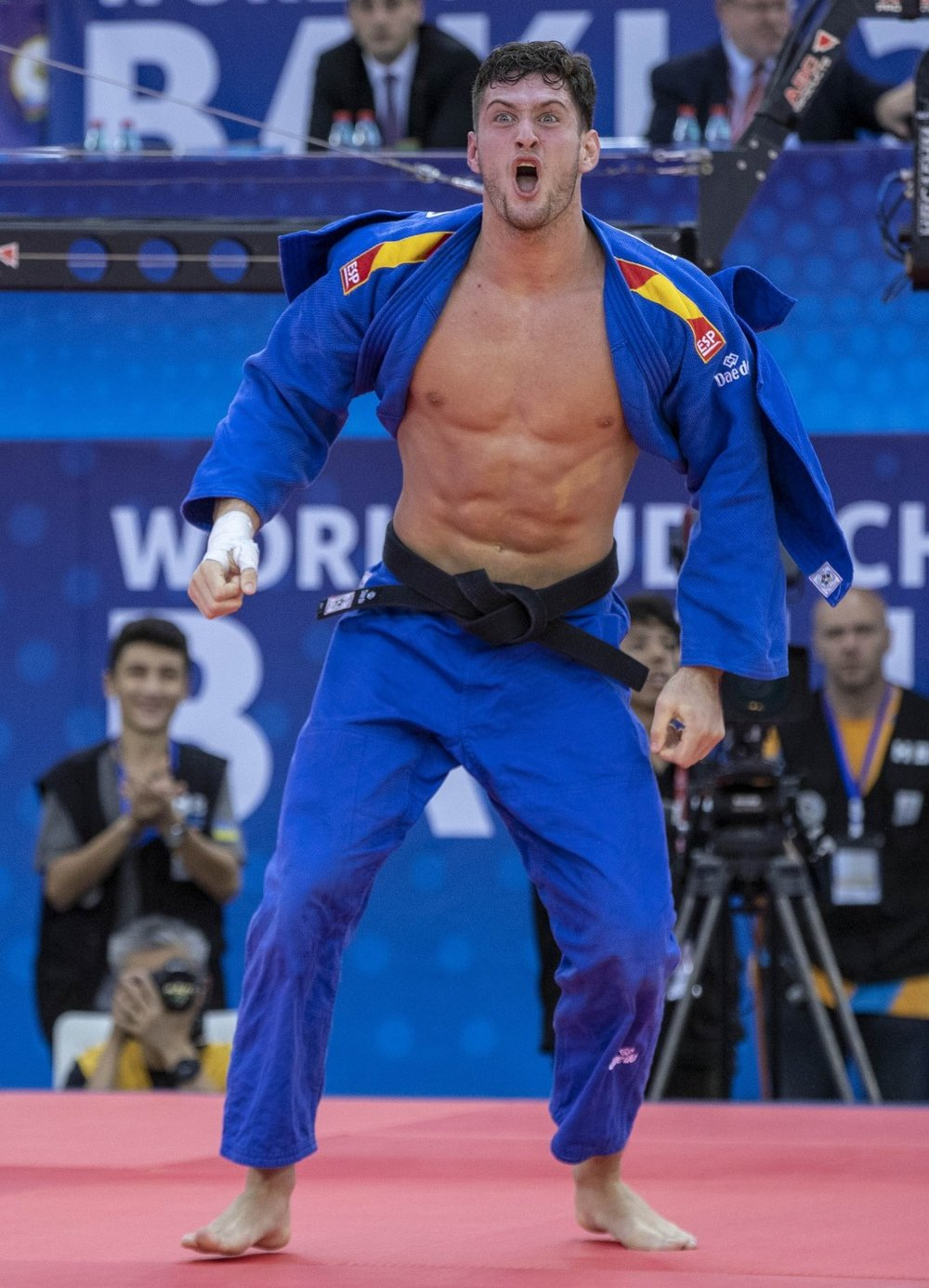 Spain's first-ever senior world champion, Nikoloz Sherazadishvili // photo IJF