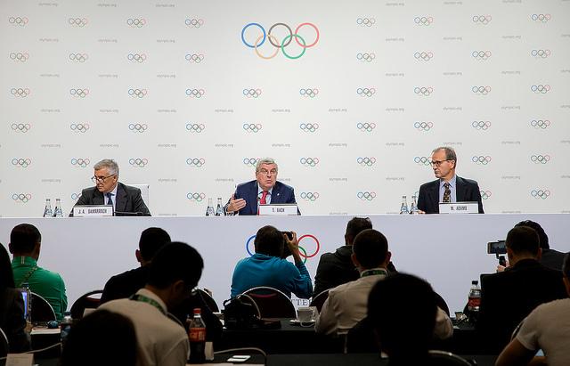 At Thursday's briefing: IOC vice president Juan Antonio Samaranch Jr., president Thomas Bach, spokesman Mark Adams // IOC
