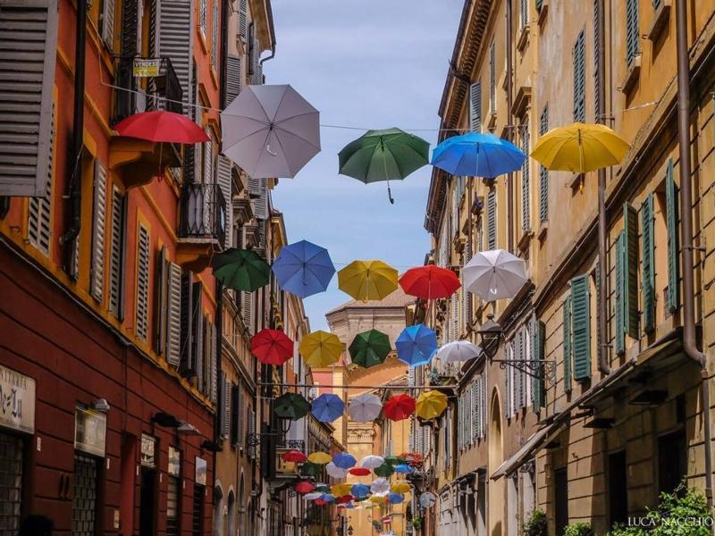 modena-centro-ombrelli.jpg