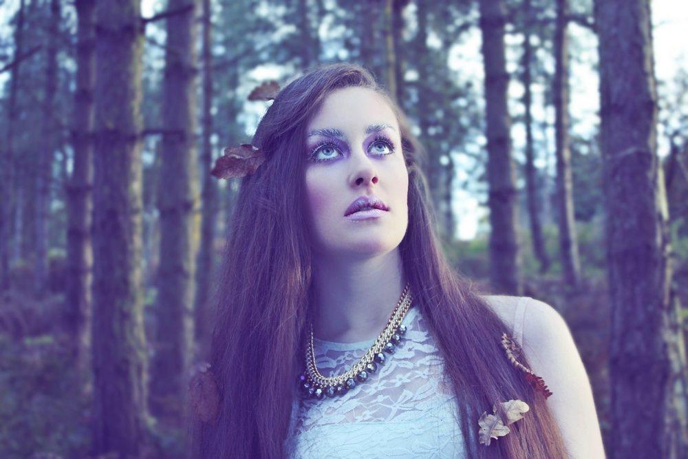 Woodland photo shoot with Blue Flamingo Photography