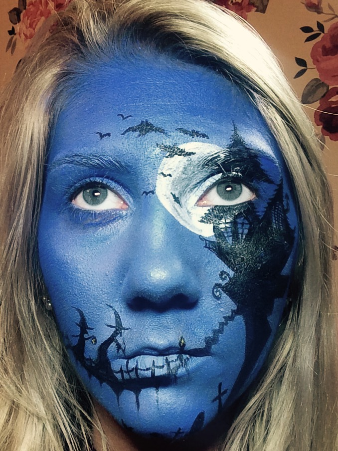 Halloween silhouette face-paint using airbrush aqua make-up