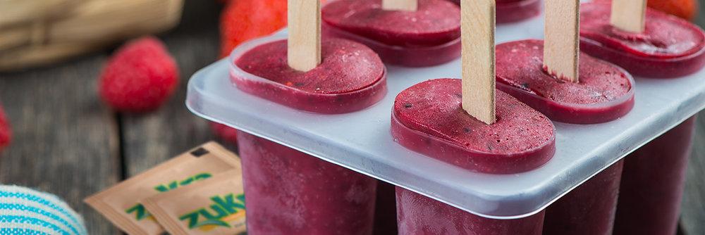 stock-photo-homemade-organic-berry-fruit-lolly-pops-on-wooden-table-279229157-3.jpg