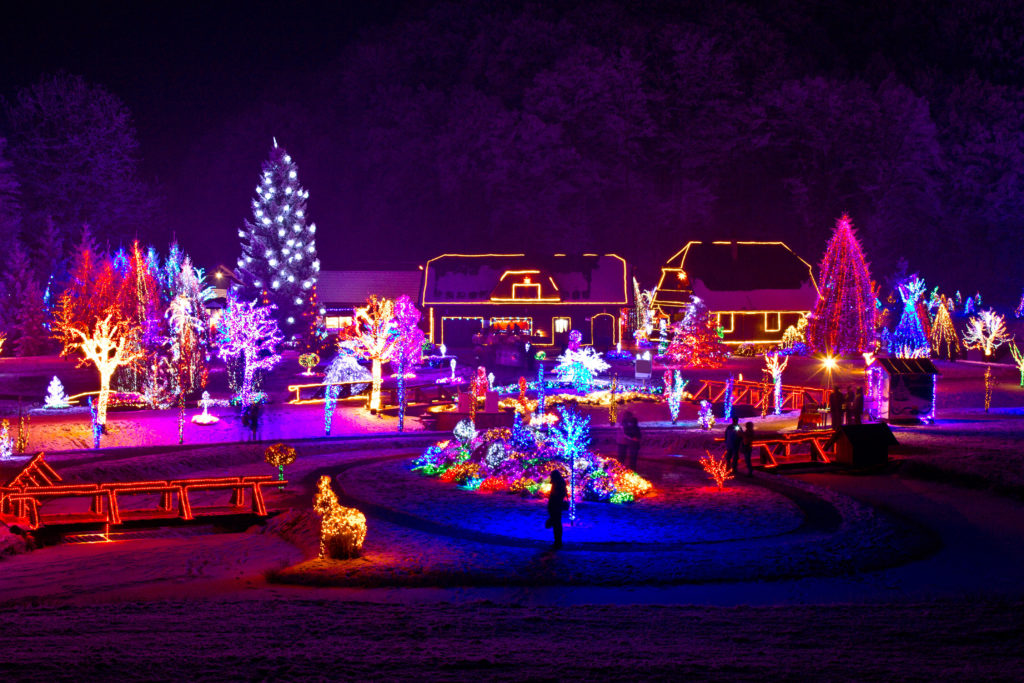 5 of pleasantons best christmas light displays