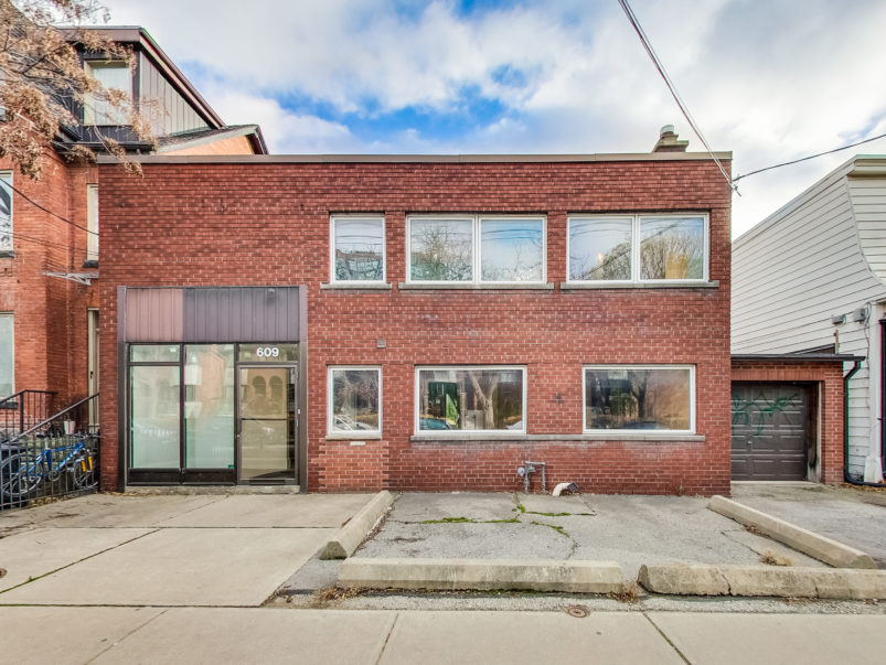 toronto-house-for-sale-609-wellington-street-west-1-803x603.jpg