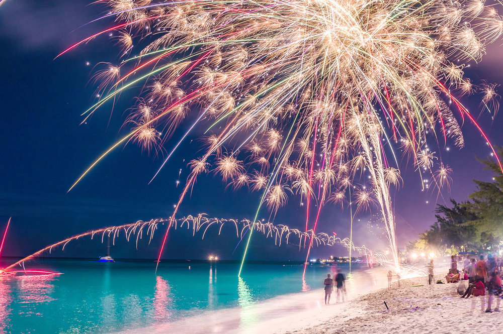 Fireworks on Seven Mile Beach