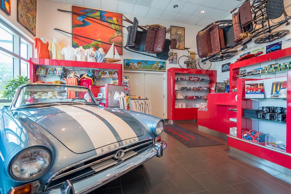 Cayman_Motor_Museum-10.jpg