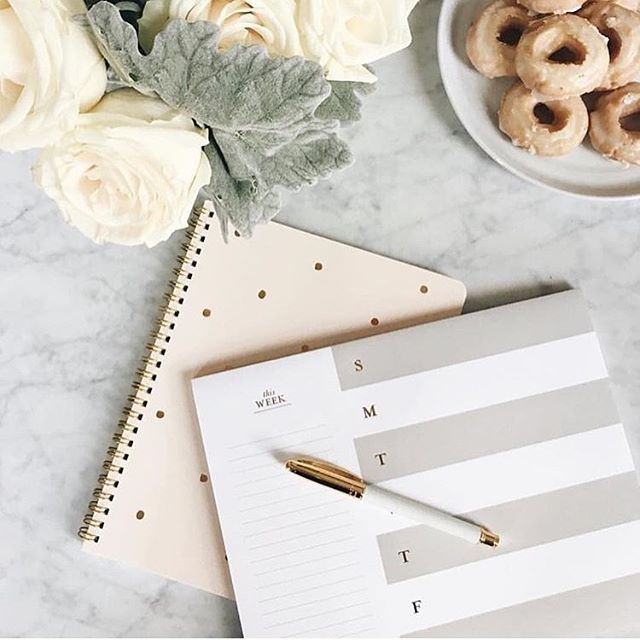 #LongWeekend over, back to the grind. 📷: @theeverygirl_
