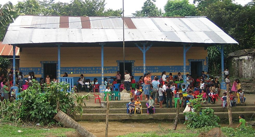 VamosSchool.JPG