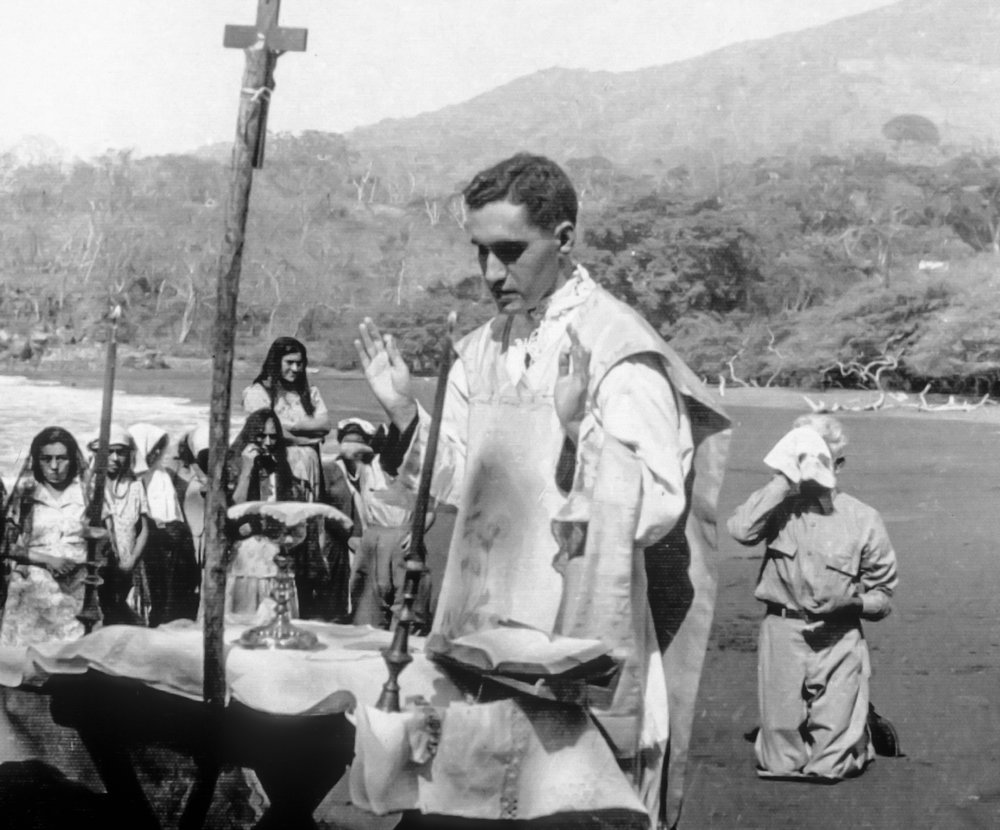 Young Romero celebrating Mass