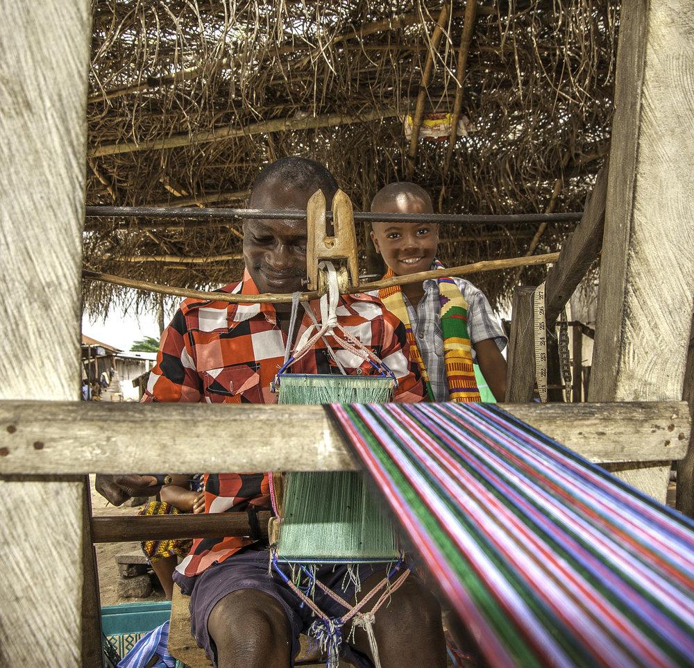 artisan_craft_of_kente_weaving