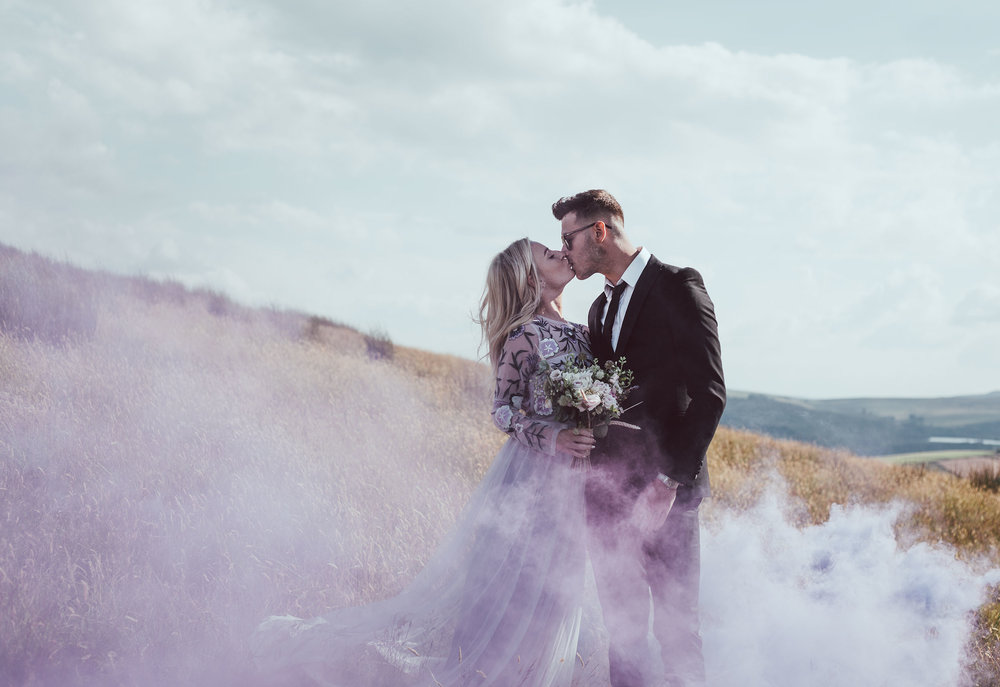 we love to see you being adventurous with your outfits and props with your pre-wedding shoot. Do you want to use smoke bombs, huge balloons, fancy dress, or even bring your pets? Let's do this...