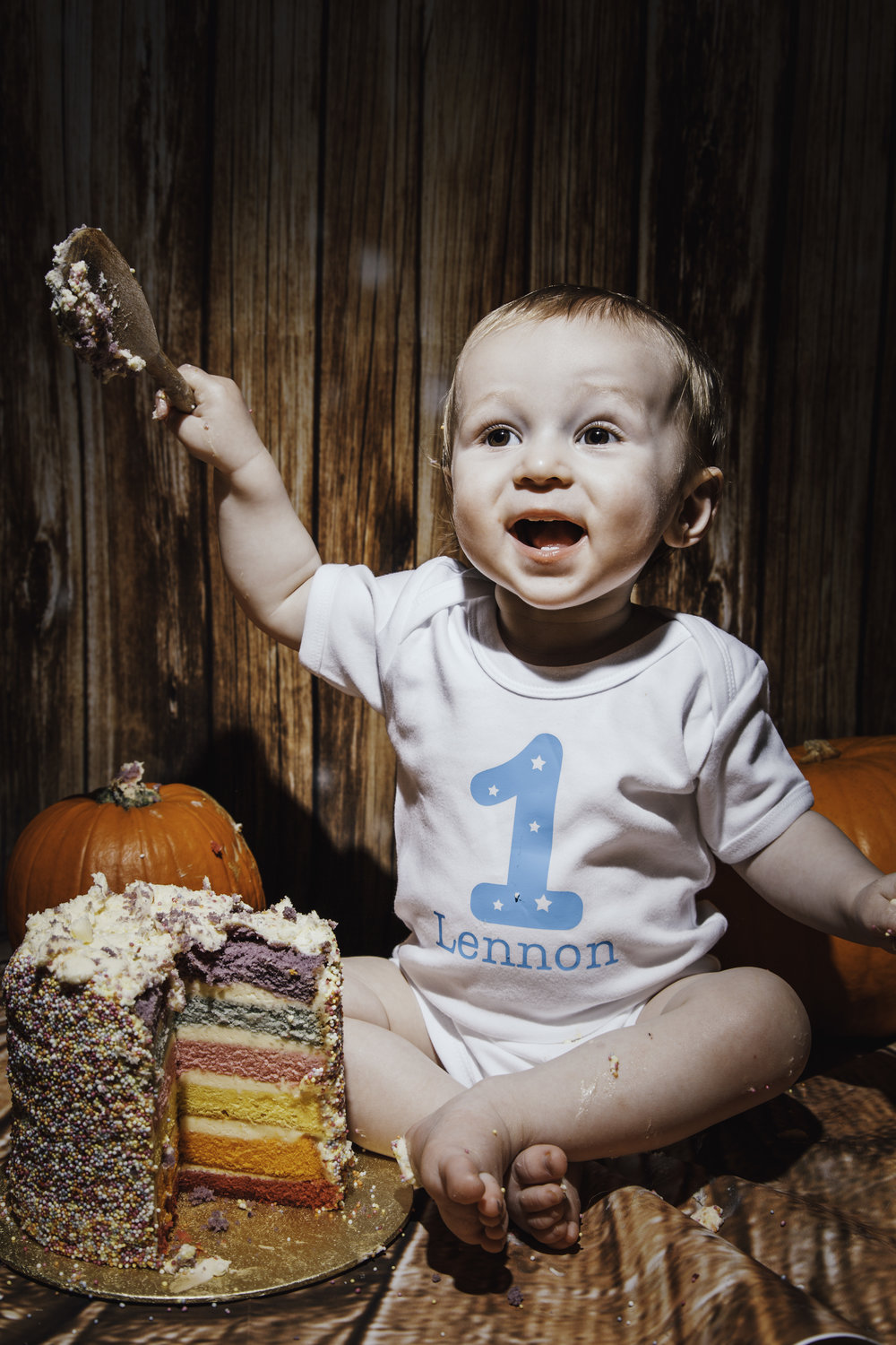 - Cake smashing is a perfect way to celebrate your little one turning one,or two, or three... or four.In fact these photoshoots are HILARIOUS at any age- even for a surprise shoot for a 50th.Take a look at our two cake smashing packages below.
