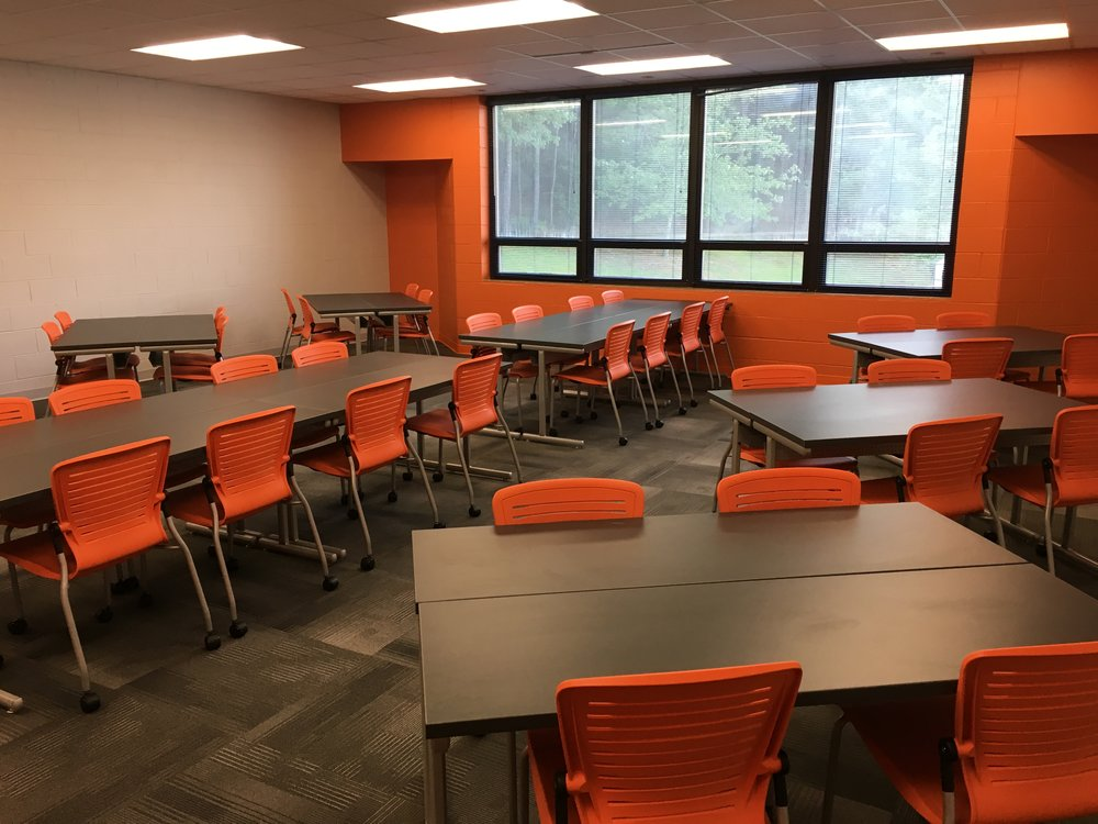 Jacksonville State University - Active Learning Table Install Pic 20.JPG