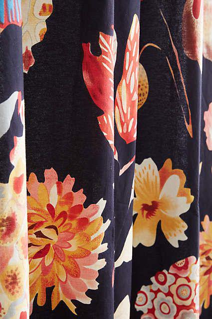 garden_buzz_shower_curtain_detail.jpg