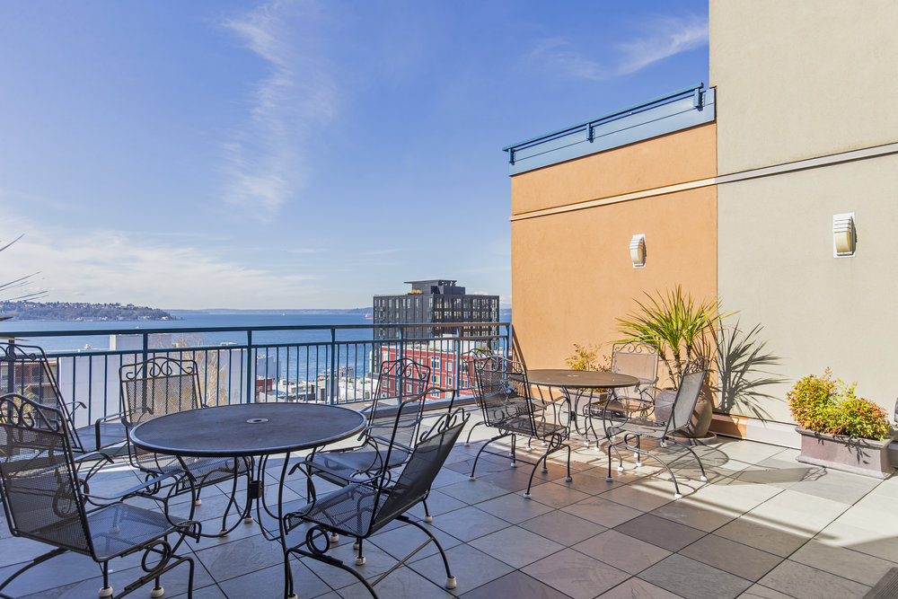 Belltown Court 2414 rooftop deck 1-1.jpg