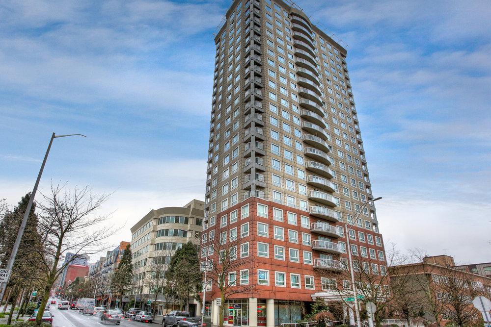 Arbor Place Luxury Condominium