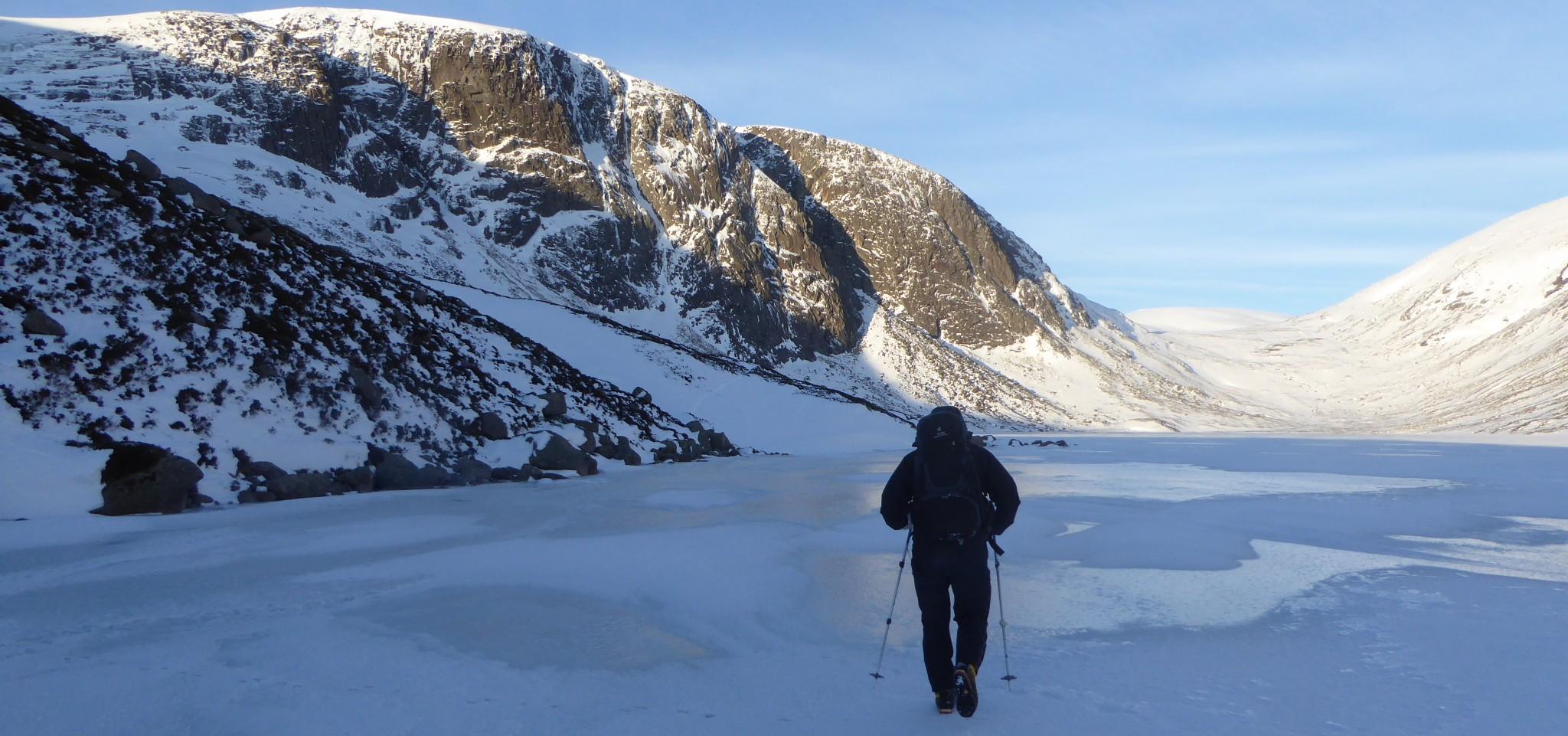 cropped-Creag-an-Dubh-Loch.jpg