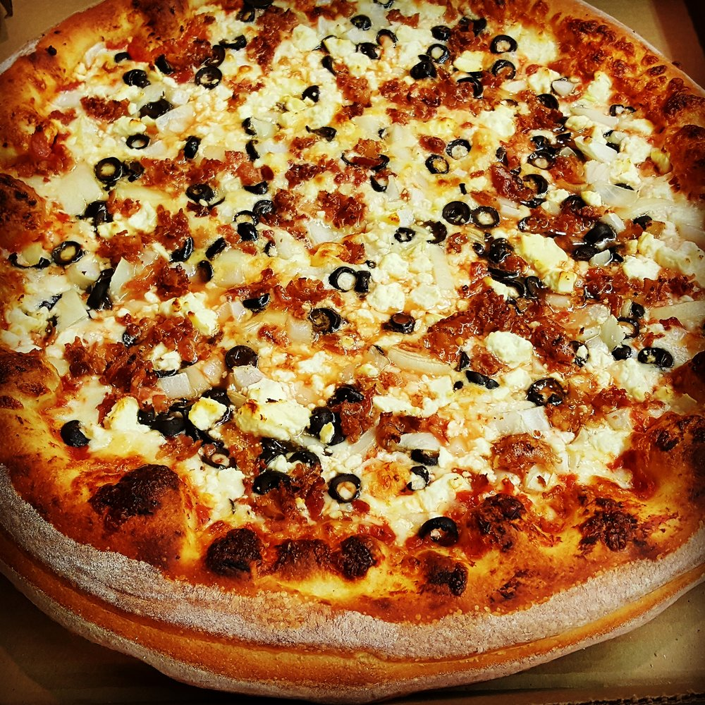 DEEP DISH - BACON + FETA + ONION + BLACK OLIVE