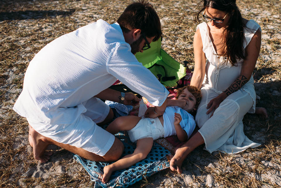 anna-liisa_nixon_photography_documentary_family_photographer_miami_beach_elopment (13 of 24).jpg