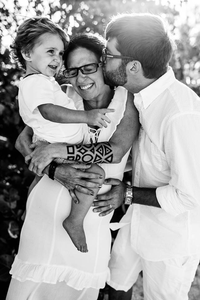 anna-liisa_nixon_photography_documentary_family_photographer_miami_beach_elopment (16 of 24).jpg