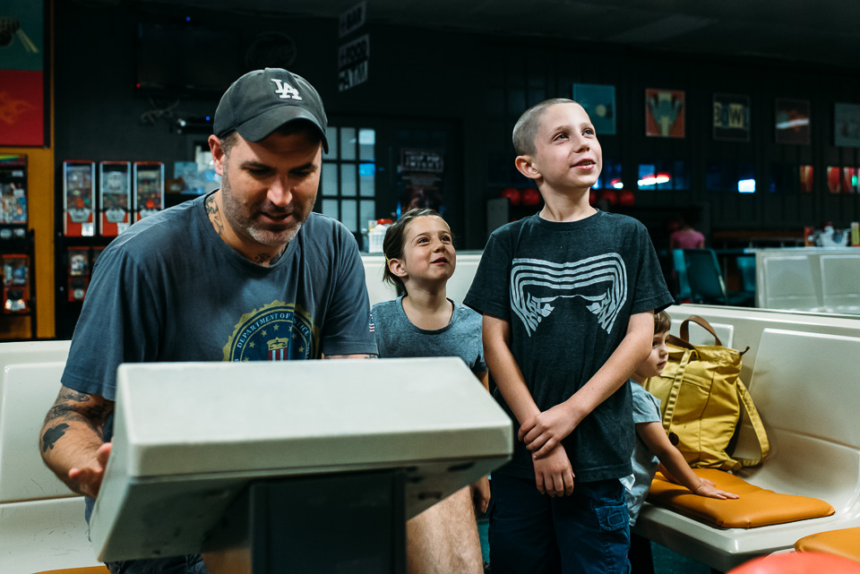 anna-liisa_nixon_photography_connecticut_family_bowling_adventure (1 of 42).jpg