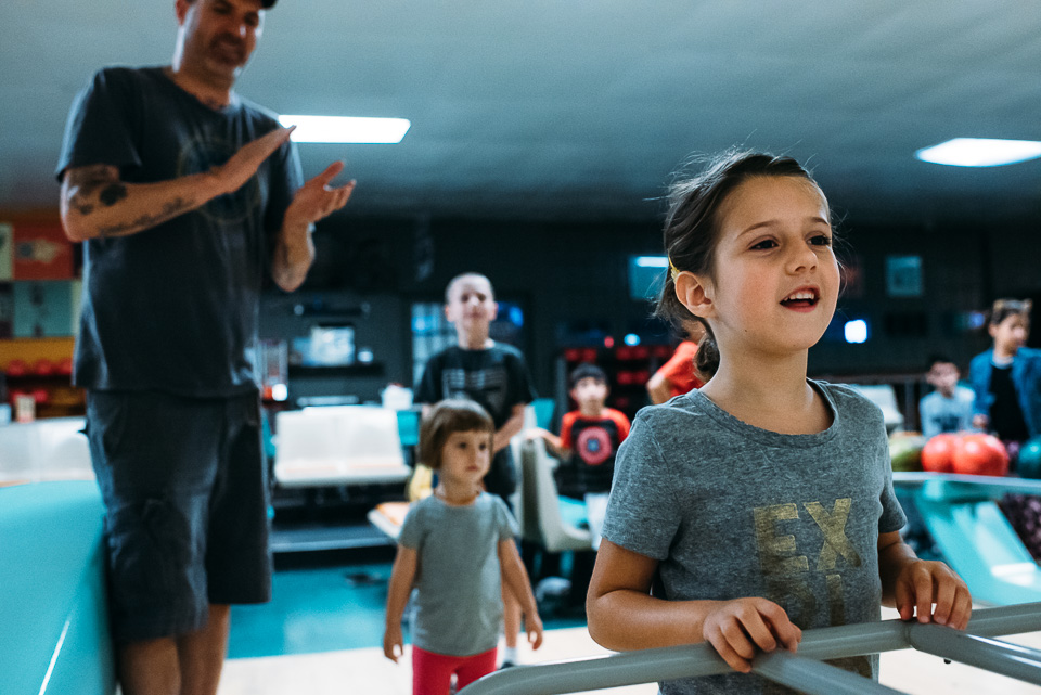 anna-liisa_nixon_photography_connecticut_family_bowling_adventure (3 of 42).jpg