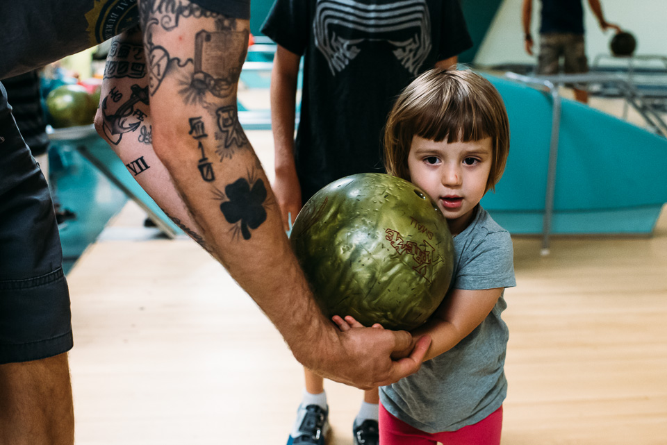 anna-liisa_nixon_photography_connecticut_family_bowling_adventure (4 of 42).jpg