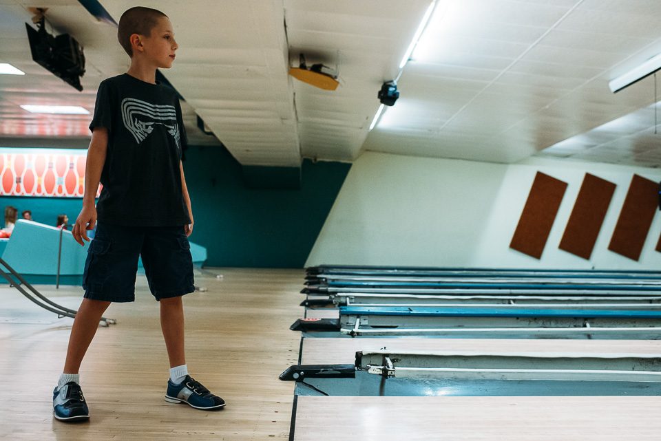 anna-liisa_nixon_photography_connecticut_family_bowling_adventure (10 of 42).jpg