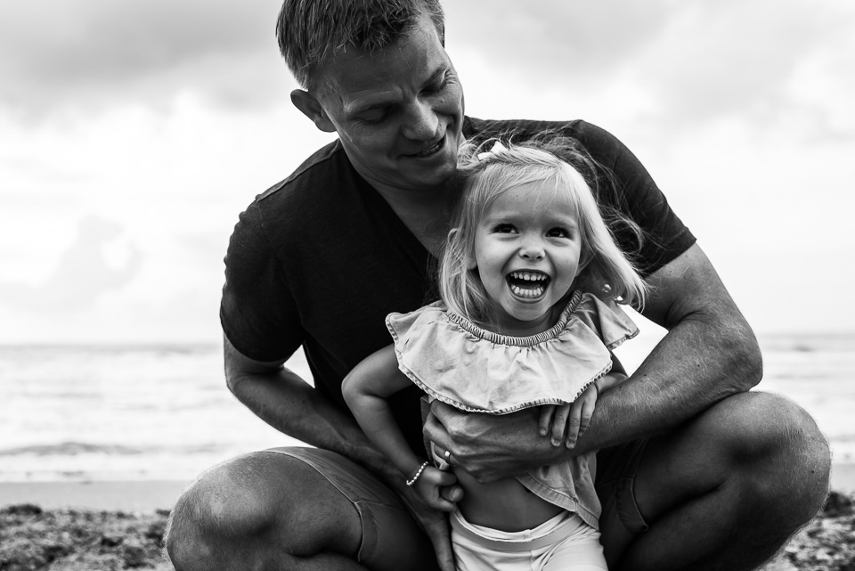 connecticut_family_photographer_beach_session (6 of 33).jpg