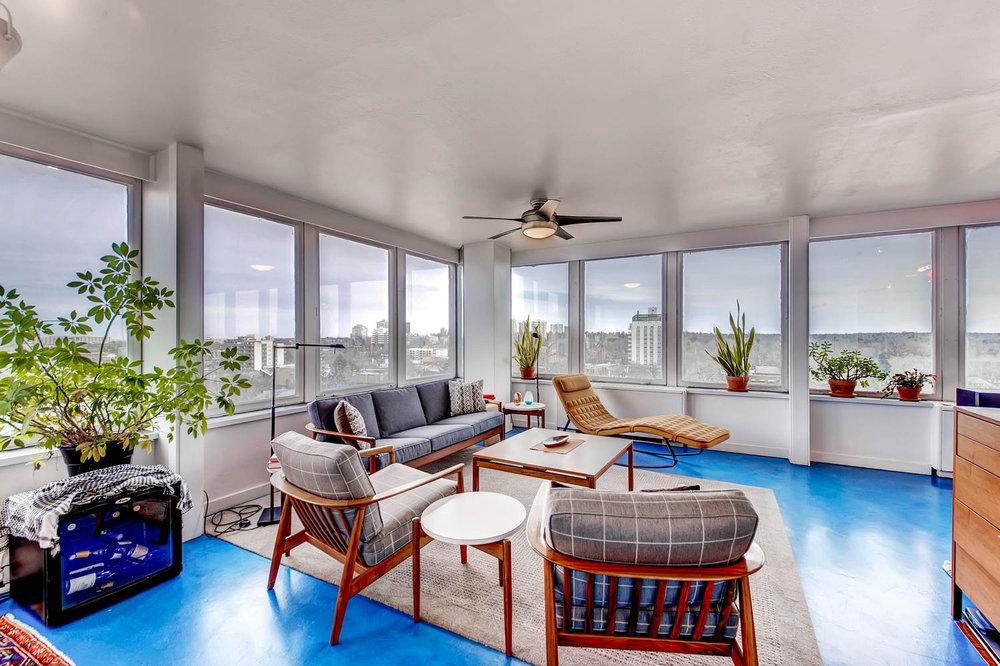 789 Clarkson St Penthouse 2-large-004-3-Living Room-1500x1000-72dpi.jpg
